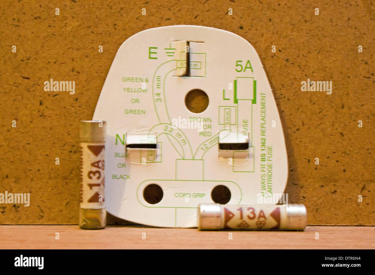 13 pin caravan plug wiring diagram uk 4pin t verbinder somurich