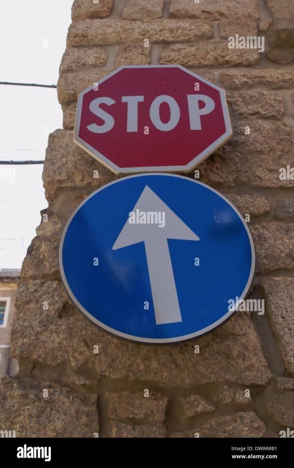 Traffic Sign Italy Stock &