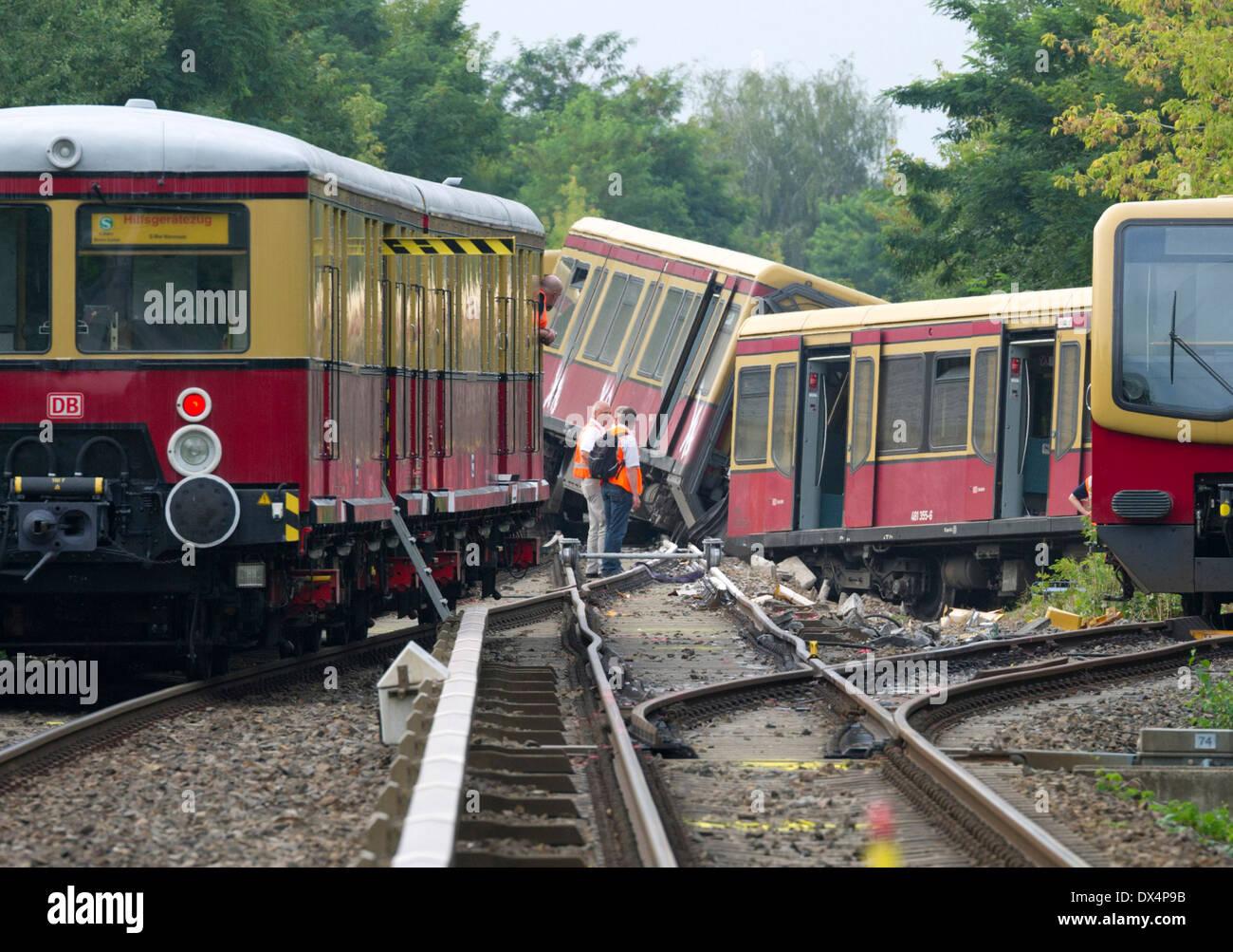 S -Bahn Berlin accident Stock Photo: 67717479 - Alamy