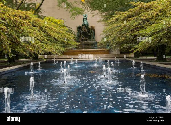 South Garden Art Institute Of Chicago With