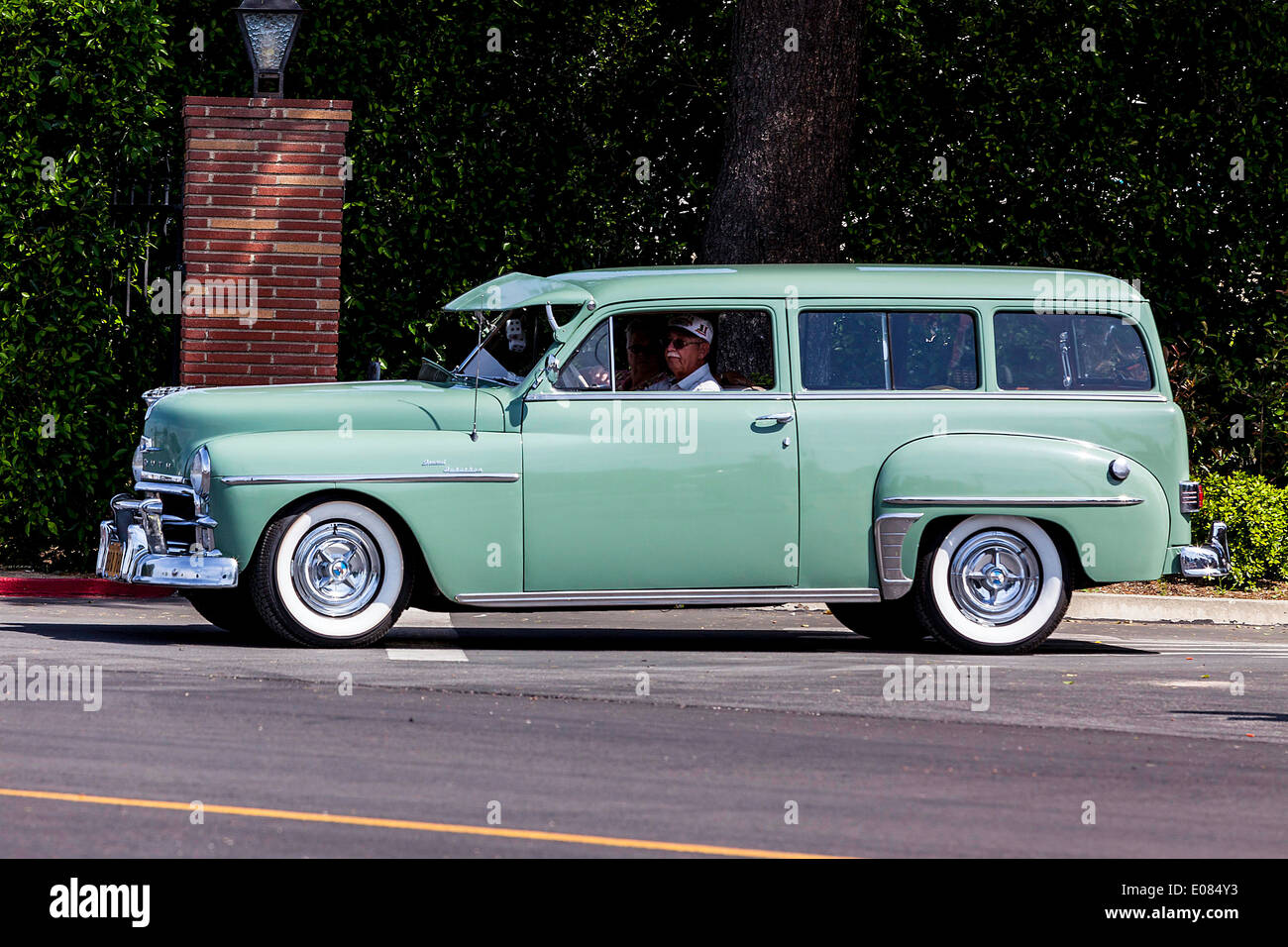 hight resolution of a 1950 plymouth suburban station wagon