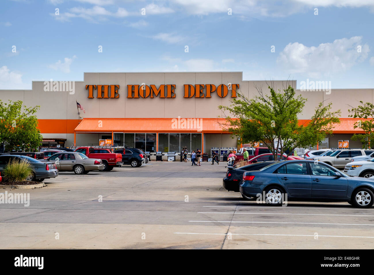 The Front Entry Exterior Of The Home Depot, A Chain