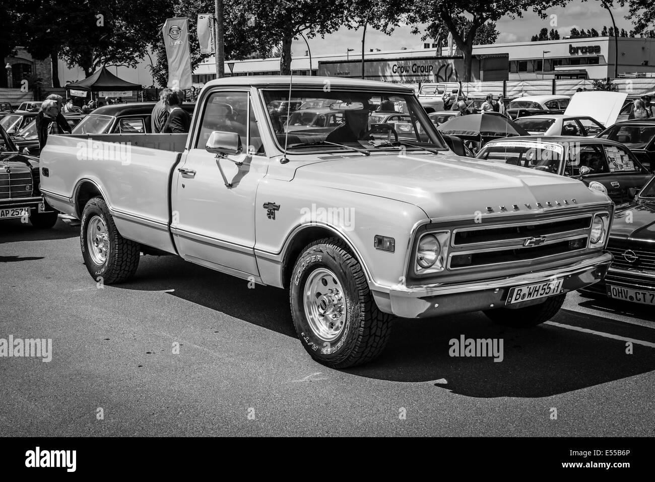 hight resolution of berlin germany may 17 2014 full size pickup truck chevrolet c20 black and white 27th oldtimer day berlin brandenburg