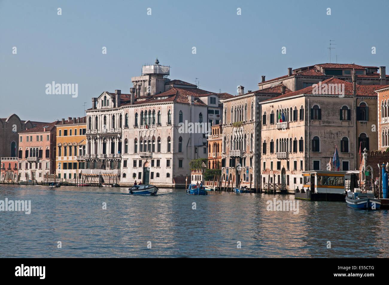 Grand Canal Venice Italy With Ca Rezzonico Vaporatto Fermata