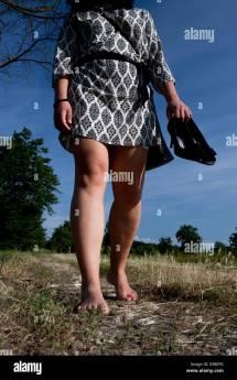 Barefoot Women Italy