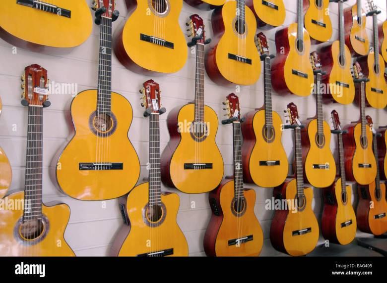 guitars cebu philippines stock photos & guitars cebu philippines