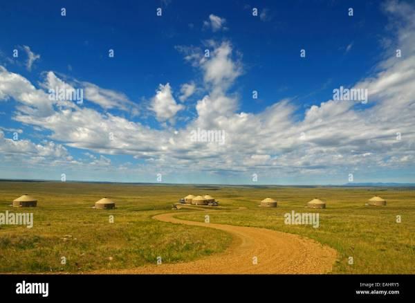 Yurt Camp Great Plains Of Montana American Prairie Reserve Stock 75380009 - Alamy