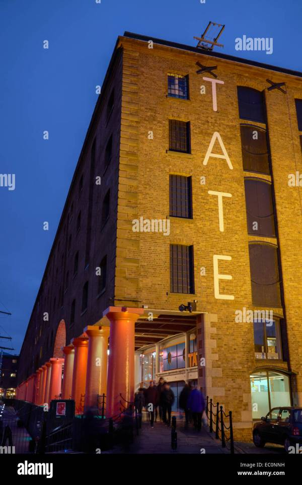 Tate Liverpool Stock & - Alamy