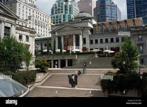Vancouver Art Building Facing Robson Square In