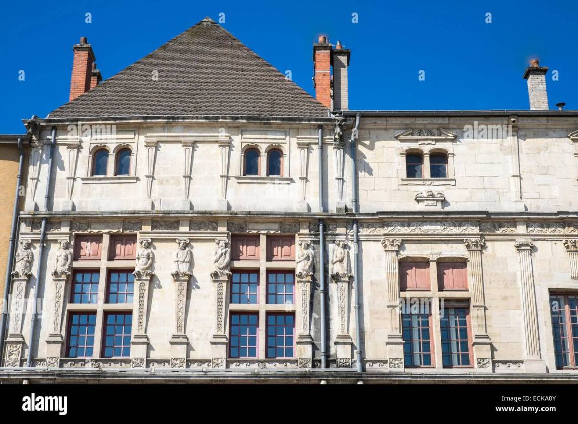 16th Century French Home - france-meurthe-et-moselle-pont-a-mousson-duroc-place-the-16th-century-ECKA0Y_Best 16th Century French Home - france-meurthe-et-moselle-pont-a-mousson-duroc-place-the-16th-century-ECKA0Y  Best Photo Reference_188230.jpg