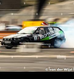 drifting bmw e36 [ 1300 x 956 Pixel ]