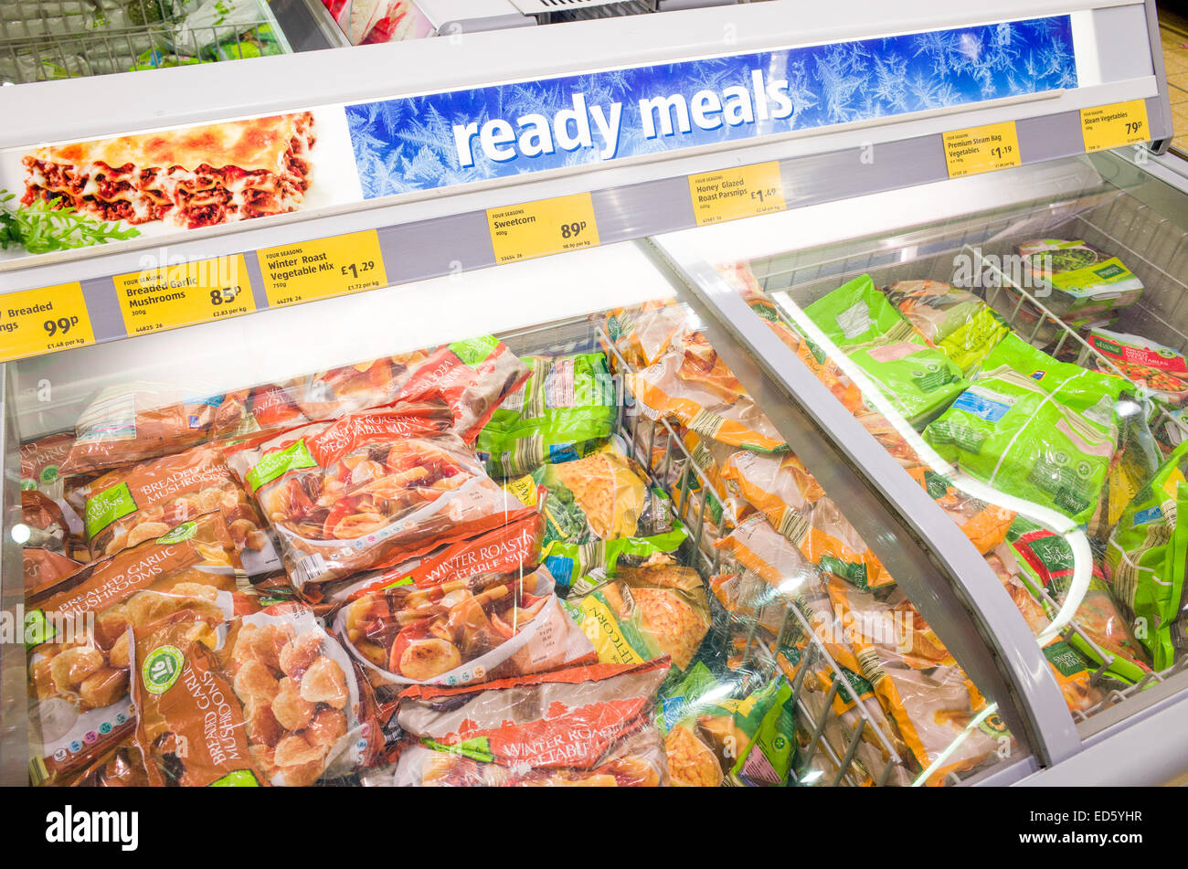 https www alamy com stock photo ready meals in the frozen food section at aldi supermarket england 76963427 html