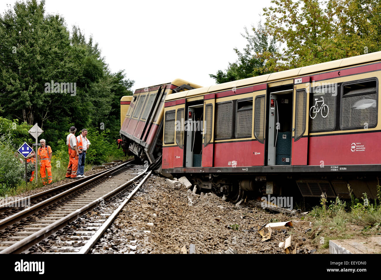 S-Bahn Berlin accident Stock Photo: 78050140 - Alamy