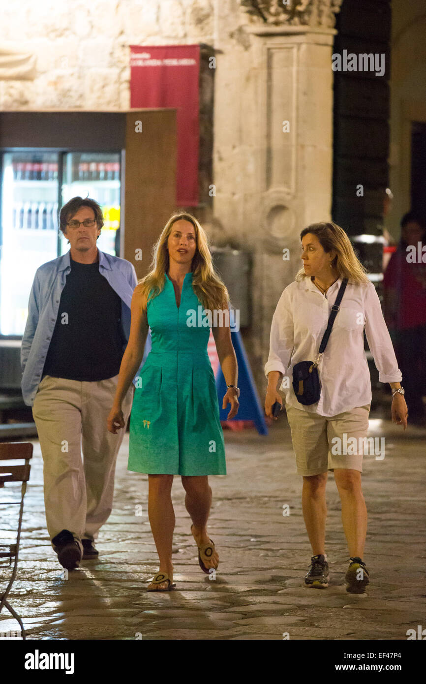 Steve Jobs' widow. Laurene Powell Jobs with family and friends on Stock Photo - Alamy