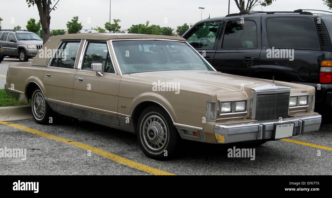 hight resolution of 1988 lincoln town car 08 28 2009 stock image