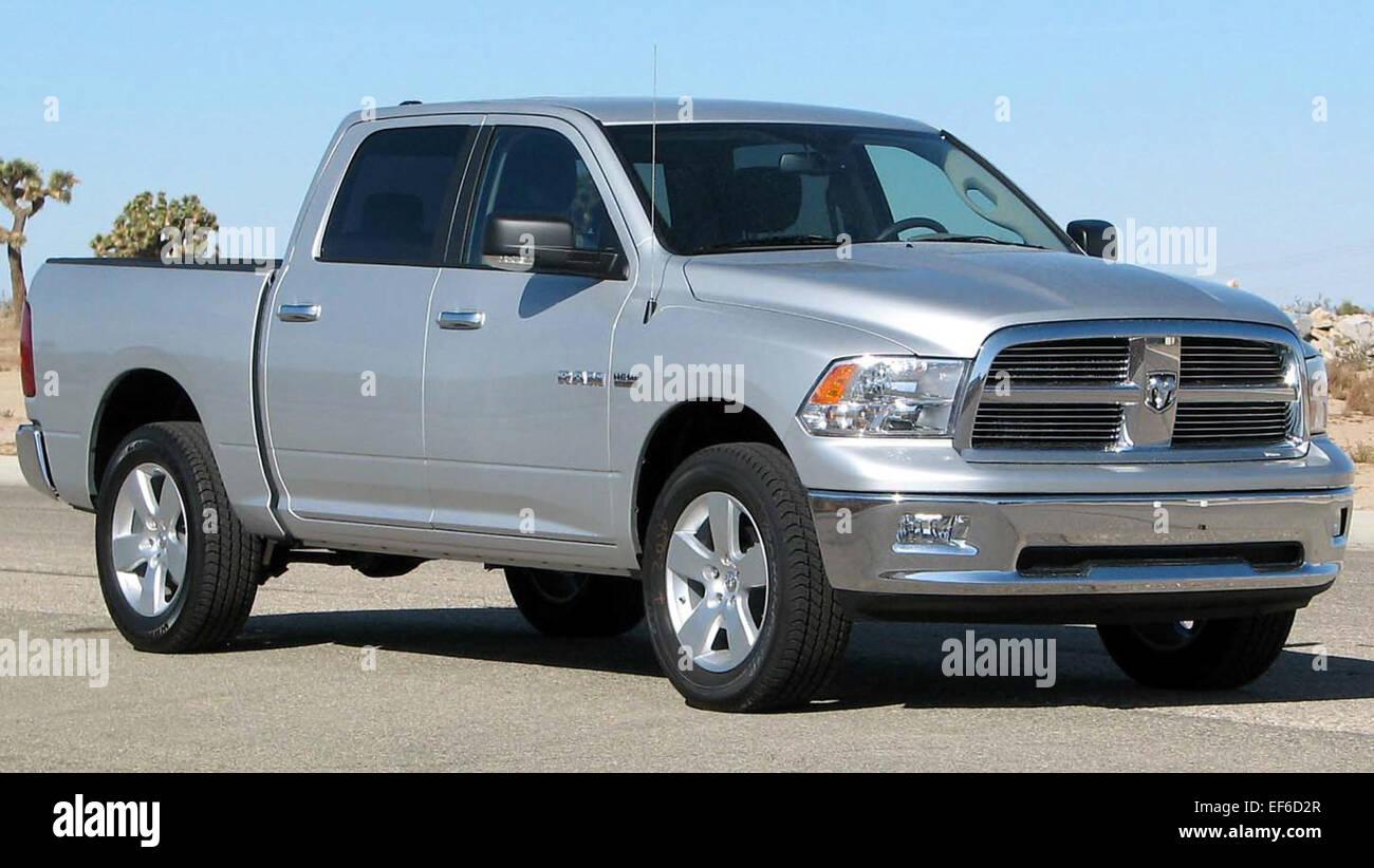 hight resolution of 2009 dodge ram 1500 slt 4 door pickup nhtsa 01