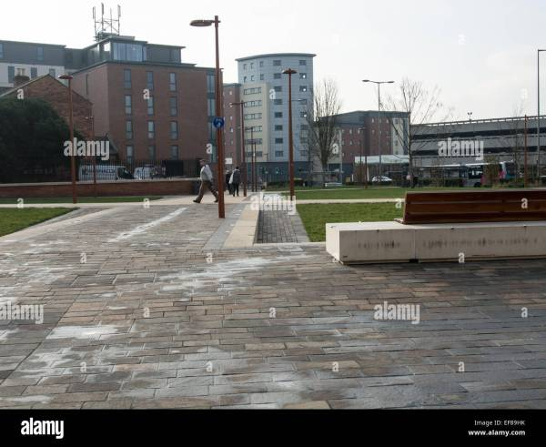 Leicester Monument Stock & - Alamy