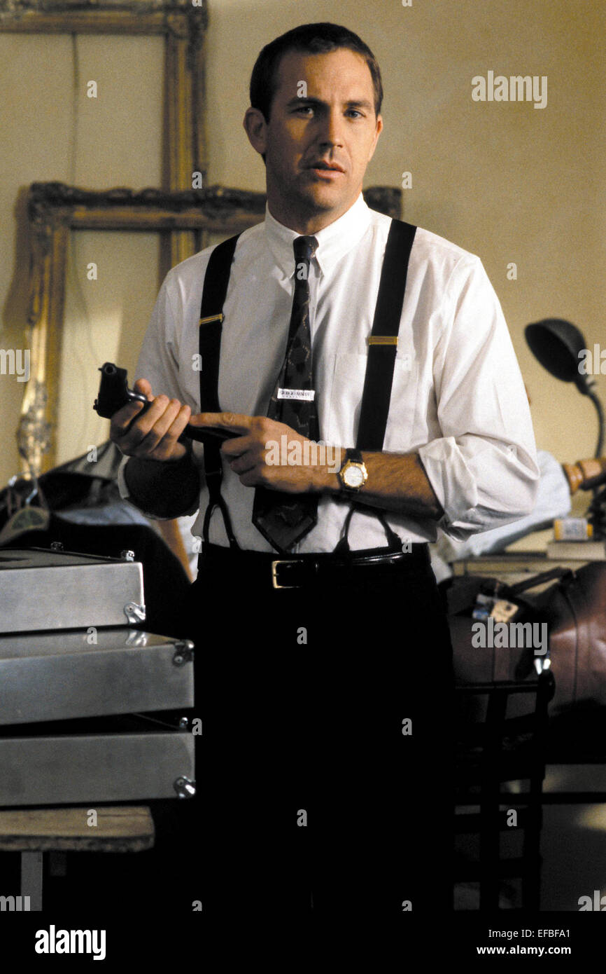 KEVIN COSTNER THE BODYGUARD (1992 Stock Photo, Royalty ...