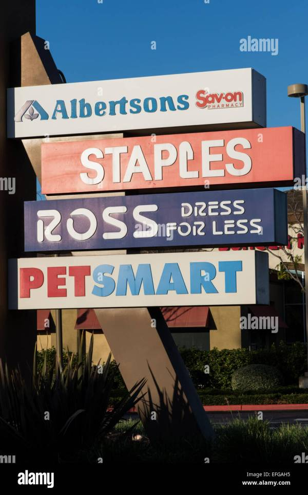 Strip Mall Stores Signs In Southern California Stock