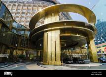 Luxury Hotel Cars Parked Gold Entrance