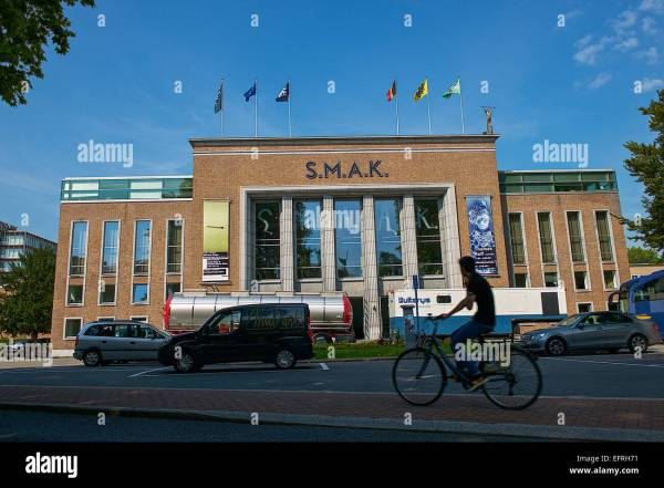 Ghent Museum Stock & - Alamy
