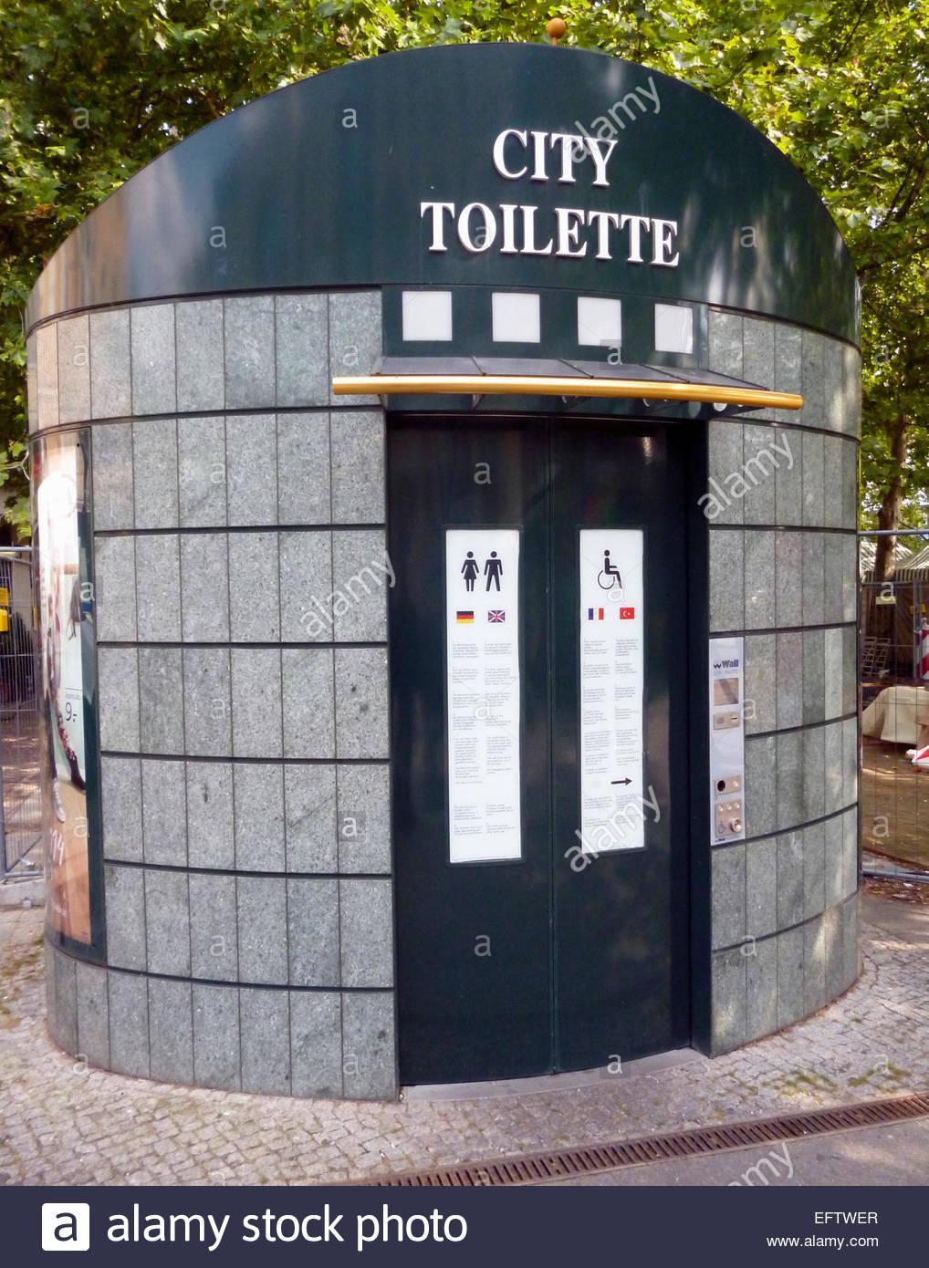 public toilet bathroom wc toilette street pavement road nobody
