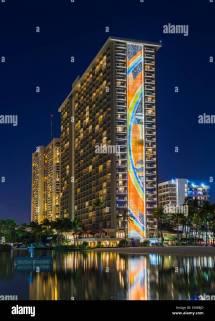 Hilton Hawaiian Village Hotel In Waikiki Oahu Hawaii