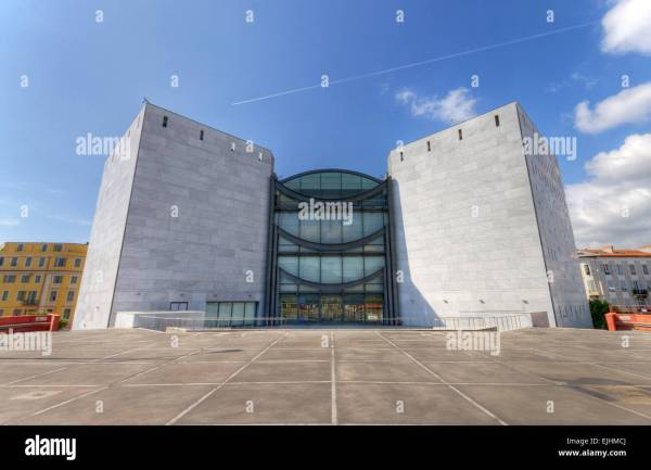France Cote 'azur Nice Modern Art Museum Stock Royalty Free 80294498 - Alamy