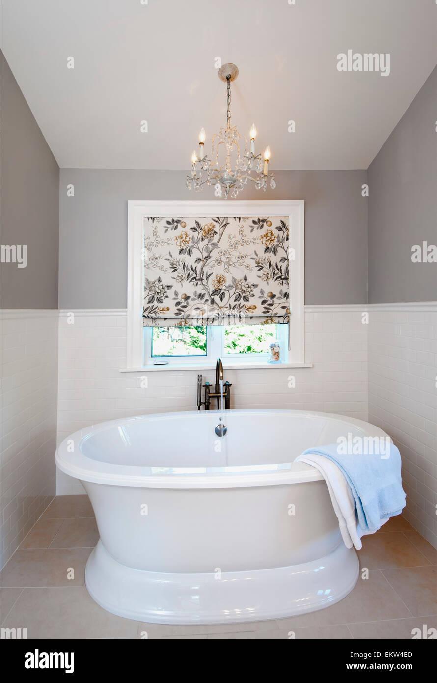 A Deep Soaker Bathtub In A Contemporary Bathroom Vancouver Island Stock Photo Alamy