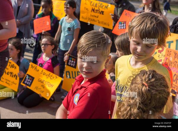 Parents And Children Rally Common Core