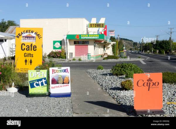 Signs And Cafe Mossburn Southland