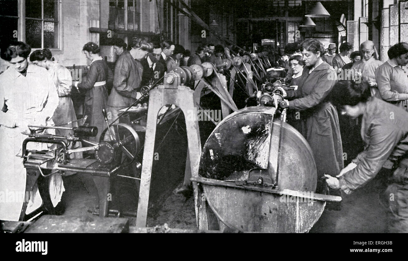 Munitions Workers During World War 1 April Women