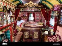 Gypsy caravan interior Stock Photo: 84452957 - Alamy