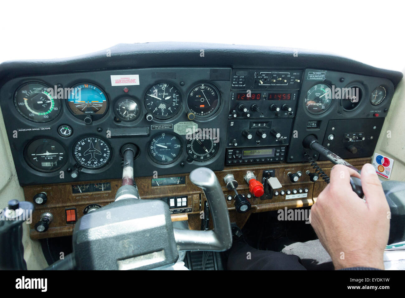 cessna 172 dashboard diagram freightliner jake brake wiring cockpit instrument panel of a 152 light aircraft