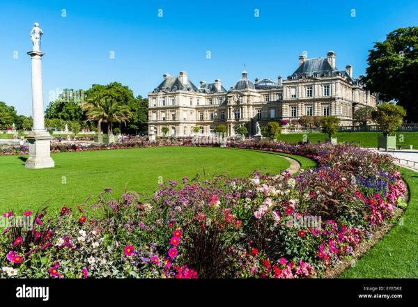 Le Jardin Du Luxembourg Gardens Paris France Stock Royalty Free 85748978 - Alamy