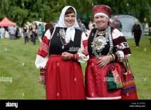 Obinitsa Estonia. 2nd Aug 2015. Women In Traditional