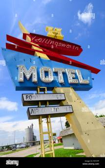 1950' Googie Style Motel Sign Stands