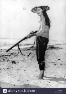 French Actresses 1950s Gun