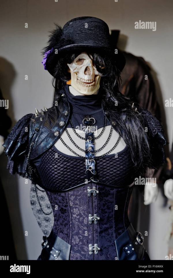 Scary Gothic Skeleton Model In Specialist Window Camden Town Stock Royalty Free