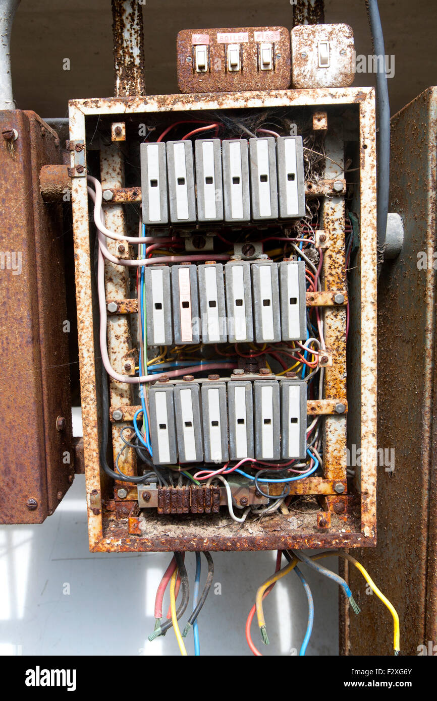 fuse board wiring diagram trailer light uk plug box electric home block