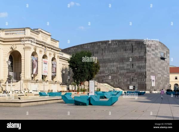 Kunsthalle Vienna Stock &