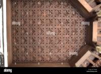 Design ; pattern of wood carving ; lotus flowers on ...