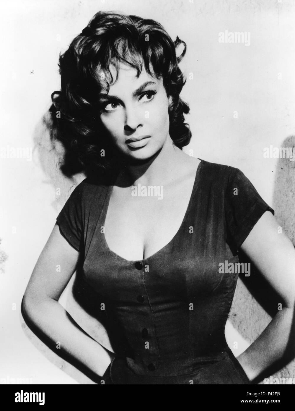GINA LOLLOBRIGIDA Italian film actress about 1955 Stock