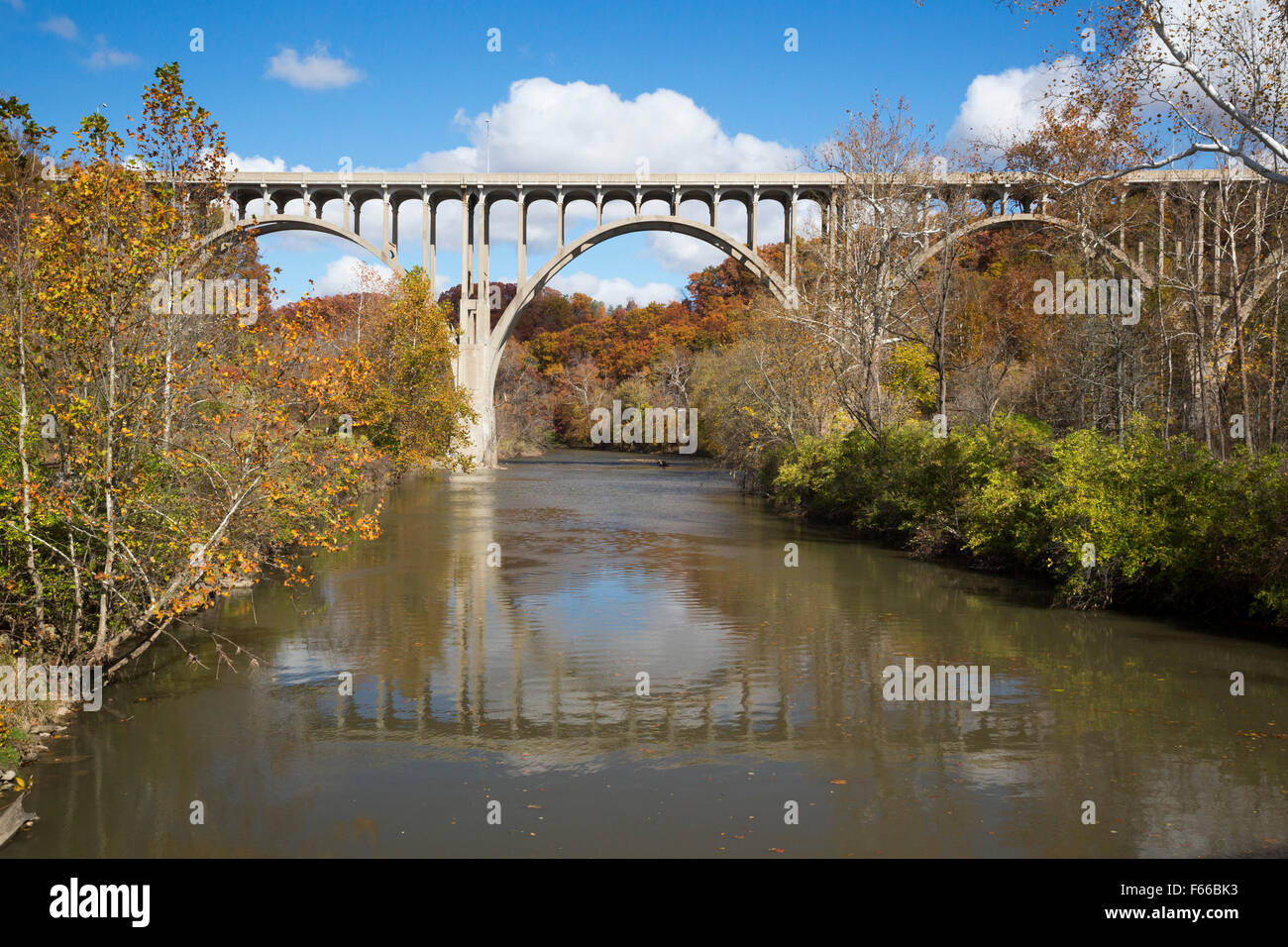 Scenic Fall Wallpaper Cuyahoga Valley National Park Ohio A Bridge Over The