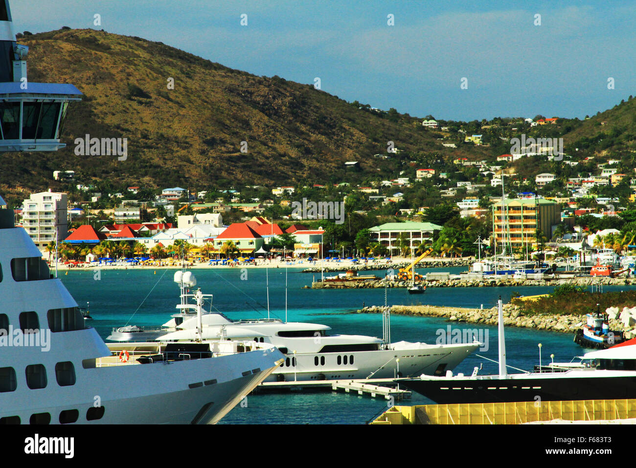 cruise ship and boats