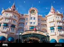 Disneyland Hotel Paris Entrance