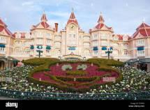 Disneyland Hotel And Entrance Paris