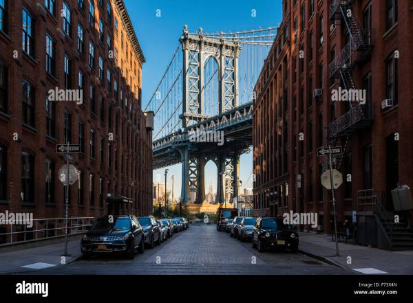 View Manhattan Bridge With Empire State Building In Stock 90440805 - Alamy
