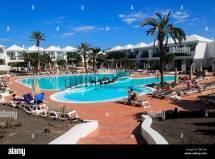 Swimming Pool H10 Ocean Suites Hotel In Corralejo
