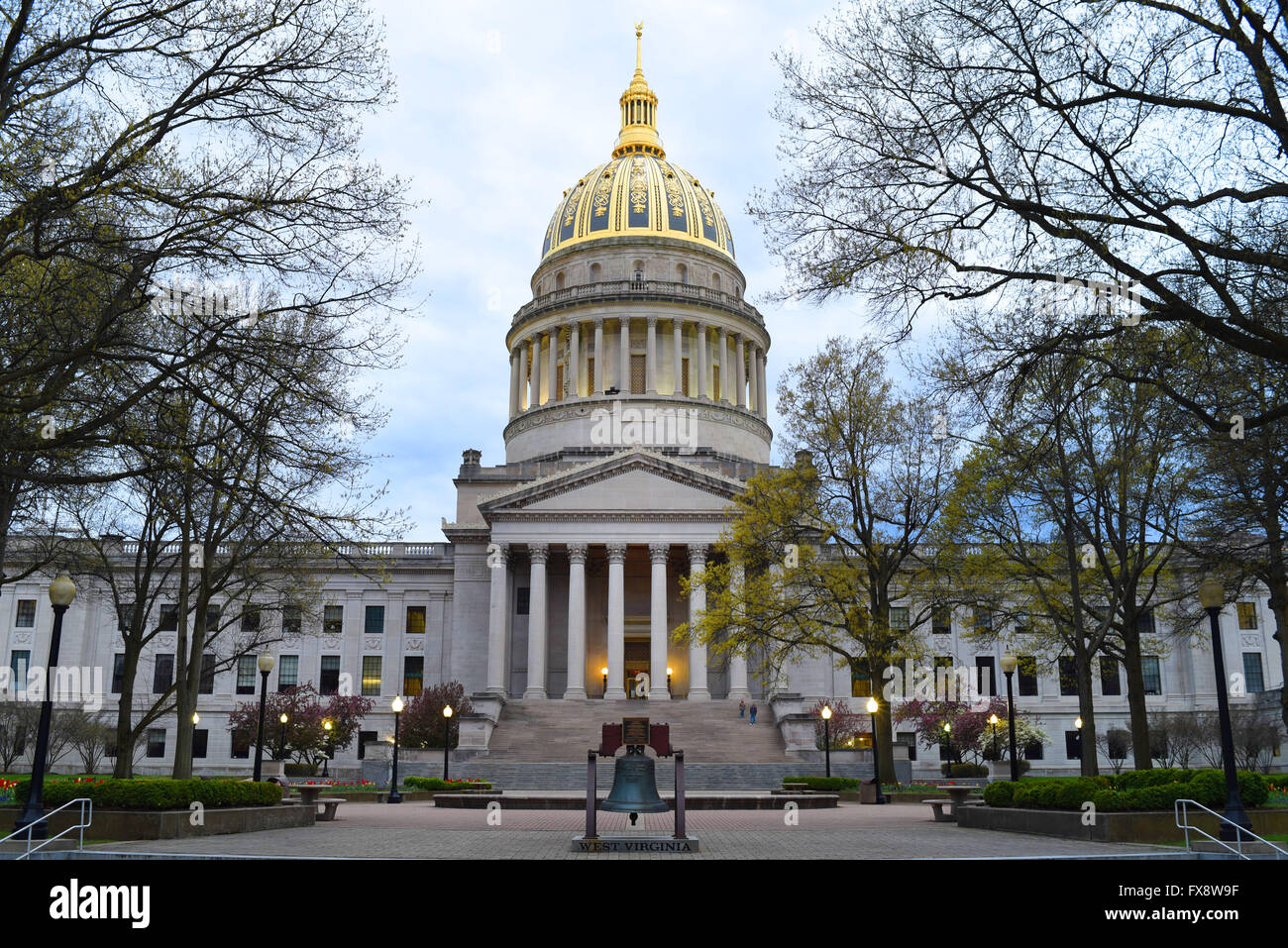 Usa West Virginia Wv Charleston State Capitol Building